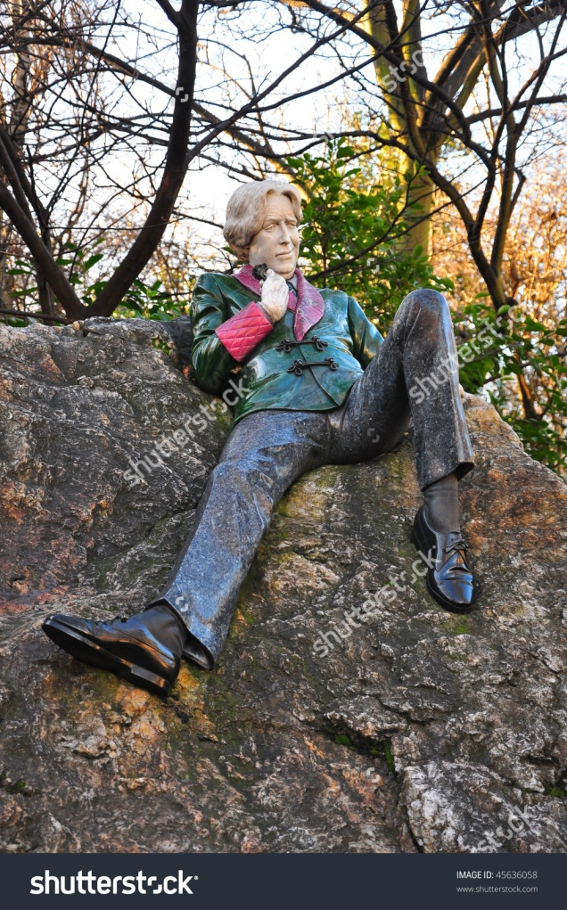 stock-photo-statue-of-oscar-wilde-by-danny-osborne-in-dublin-s-merrion-square-archbishop-ryan-park-45636058